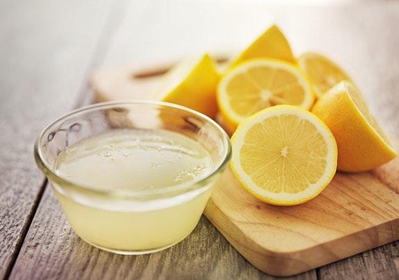Putzen mit Zitronensäure - 10 Anwendungen für Zitrone