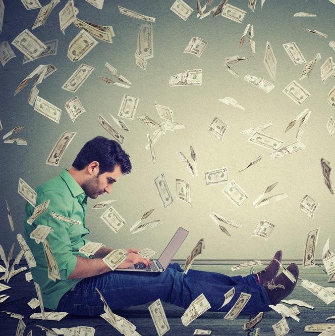 Ohne Moos nix los! 5 Möglichkeiten, wie ihr Geld im Internet verdienen könnt
